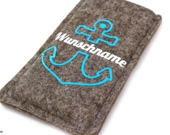 Phone case with anchor and name, made of wool felt, made to fit your phone