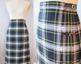 Vintage 1950's Green KILT Wool Skirt / Scottish Wool High Waist Red Pleated Tartan Kilt / Size Small Made in England