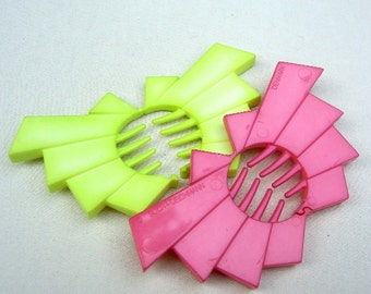 Buch and Deichmann Denmark vintage hair combs hair accessories celluloid comb plastic comb designer comb pink lime green (AAC)