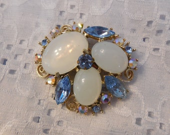 Totally Stunning Vintage Brooch Pin w Blue Rhinestones, A&B Crystals and Moonglow Cabochons