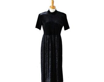 30% off sale // Vintage 80s Black Velvet Short Sleeve Formal Dress // Women L // Ronni Nicole, leaf pattern skirt