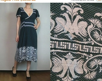SUMMER SALE 70s EMBROIDERED Birds Folk vtg Greek Cotton True Wrap Jade Green White Bird Leaves Vines Floral Puffed Slv V Neck Midi Dress xs