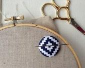 Needleminder,Needle,Minder,Needle Keeper,Embroidery,Embroidery Supplies,Needlepoint Supplies,Crossstitch Supplies,Crosstitch,Sewing,Gift