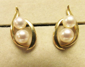 Vintage Estate  Mikimoto 14K Gold Mounted  5.5 mm- 6 mm  High Luster  2 .Pearl  Earrings