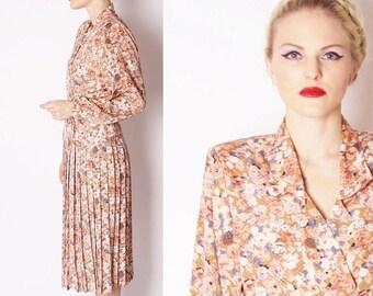SALE 65% OFF ends 02/16 70s Vintage Watercolor Floral 1940s Style Pleated Skirt Day Dress / Vintage Floral Dress / Pastel Rose Dresses / 229
