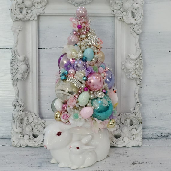 Easter Bunny, Easter Tree, Bottle Brush Tree, Vintage Christmas Ornaments, Bunny Planter, Rabbit