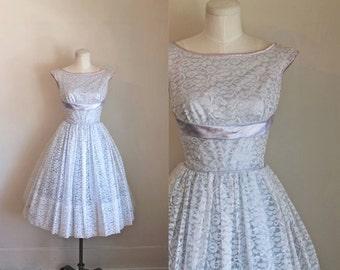 vintage 1950s prom dress - LAVENDER LUSH lace party dress / XS