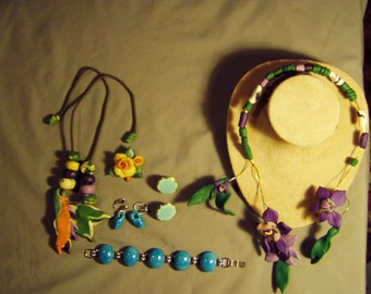 Vintage Lot Ceramic Flower Necklaces Pin 2 Pairs Glazed Pottery Earrings 8311
