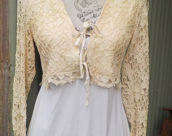 sweet vintage lace top, pale yellow, xs, s