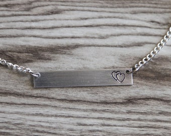 Mother Bar Necklace Silver Tone, Double Heart Necklace, Mother's day Gift,Bar Necklace, Mom Gift, Mommy Gift, Hand Stamped Initial Aluminum