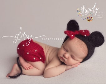 Newborn Minnie Mouse outfit, baby photo prop, Minnie Mouse outfit, newborn photographers, new baby girl, baby girl shirt and hat, infant gir