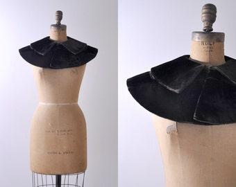 1930's velvet cape. dark brown. 30's collar. silk velvet. winter. capelet shawl.