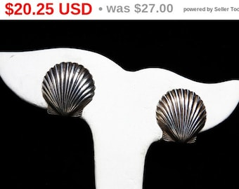 Sterling Silver Shell Earrings - Screw Back Style Signed Vintage Jewelry
