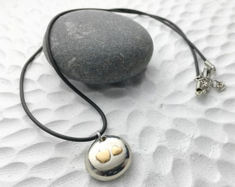 Teacher appreciation jewelry keepsake - freecast lead-free pewter pebble with nugold apple and heart - for the love of teaching