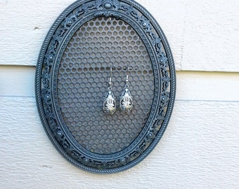 Earring Holder, Oval antique Silver metal vintage frame,filigree details, small pretty framed magnetic organizer for earrings or photos