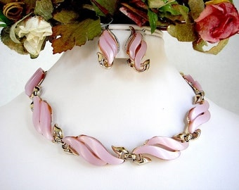 CLAUDETTE Pink Thermoset Necklace & Earrings Set