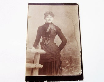 1890s Vintage Photo- The Beauty - Cabinet Photo of Victorian Woman/Young Woman/ Black and White Antique Photo