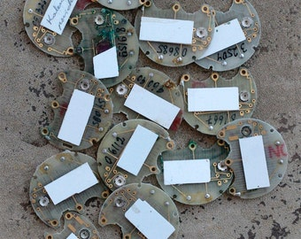 Digital watch chips -- set of 14 -- D6