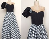 40% OFF 1980's One Shoulder Gunne Sax Vintage Prom Dress Plaid Black & White Vintage Ball Gown Size Small by Maeberry Vintage