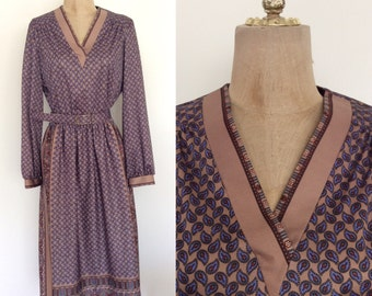 1970's Paisley Print Polyester Fall Colors Dress Vintage Dress Size Small Medium by Maeberry Vintage