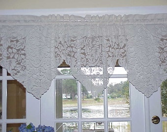 Free Shipping..Vintage Cottage Style Floral Lace Cream Valance 68 inches Wide