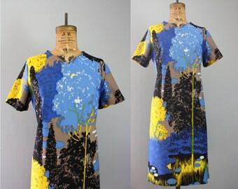 1960s dress / 60s dress / landscape print dress / novelty print dress