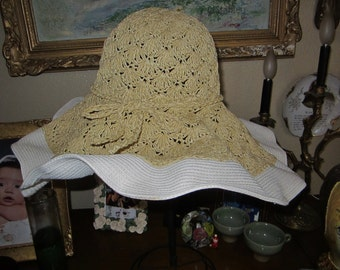 Straw summer hat/Natural straw/Gold Thread/Gross Grain Trim/Charter Club/SALE Price
