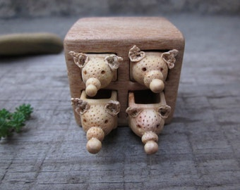 Miniature drawer with animals, wood carving, wood box, Wood sculpture, reclaimed wood, miniature sculpture, animals, animal carving