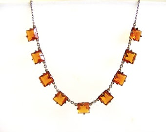 Vintage art deco bezel necklace in amber glass