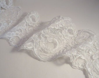"""White Jacobean Design Re-Embroidered Bridal Lace Trim 4.5""""--One Yard"""