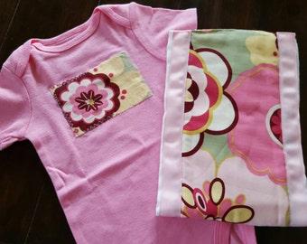 Flowered Baby Girl Gift Set