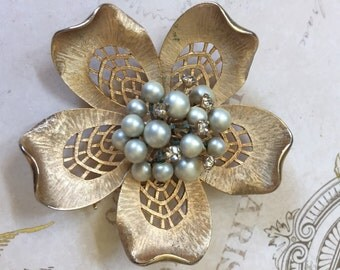 Vintage Vendome Brooch, Vendome Floral Brooch with Pearl Center, Estate Jewelry, Elegant, Costume Jewelry