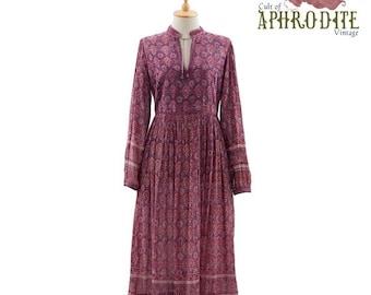 15% OFF // Vintage 70's Indian Cotton Gauze Floral PAISLEY Phool Puff Sleeves Festival Hippie Boho Full Skirt DRESS