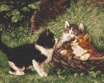 NEW UNOPENED Russian Counted Cross Stitch KIT Palette 07.001 Playing kittens