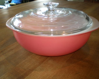 Vintage Mid Century Pink Ceramic Pyrex Bowl With Glass Lid