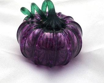 2016 Blown Glass Purple Jack-be-LIttle Fairy Tale Pumpkin (Musquee de Provence)