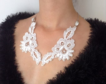 white guipure necklace, handicrafts,party necklace, gift, wedding accessory,