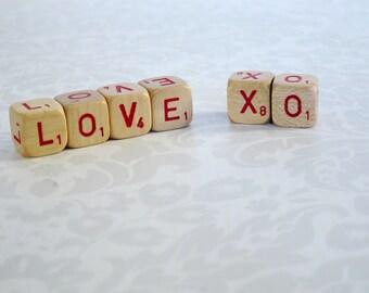 Love XO Wood Sign  /  Wooden Scrabble Letter Cubes  Letter Dice  /  Wood Cube Messages