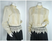 80s 70s 60s Victorian Edwardian mock neck lace trim doily blouse