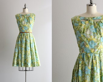 1960s Vintage Sixties Dress . Tulip Skirt Floral Dress . Sleeveless Cutout Bodice Dress