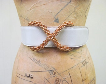 "Vintage 1980s Belt / 80s Paloma Picasso Ivory Leather Belt / 25"" - 28"" Waist"
