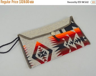 ANNIVERSARY SALE 70's Southwestern CLUTCH Wristlet