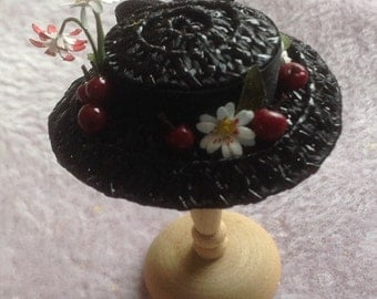 Handmade 1/12th scale dollhouse miniature Mary Poppins hat