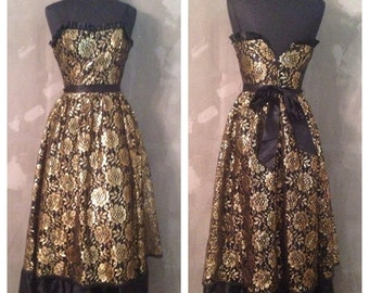 40% OFF Vintage 1970s/1980s Black and Gold Formal Prom Event Cocktail Dress M