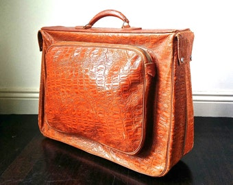 Vintage Leather Foresca Suit Bag. 1960s Leather Luggage. Crocodile Suitcase. Faux Alligator Leather