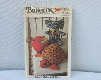 Pattern Butterick 3419 B3419 Children's Toys Boutique, Bazaar and Craft Show items.  Elephant Mouse Turtle Animal Toys
