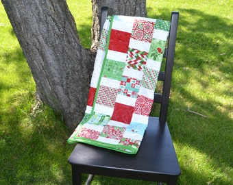 Christmas Lap Quilt, Red Green Sofa Throw, Quilted Blanket, Modern Christmas Quilt