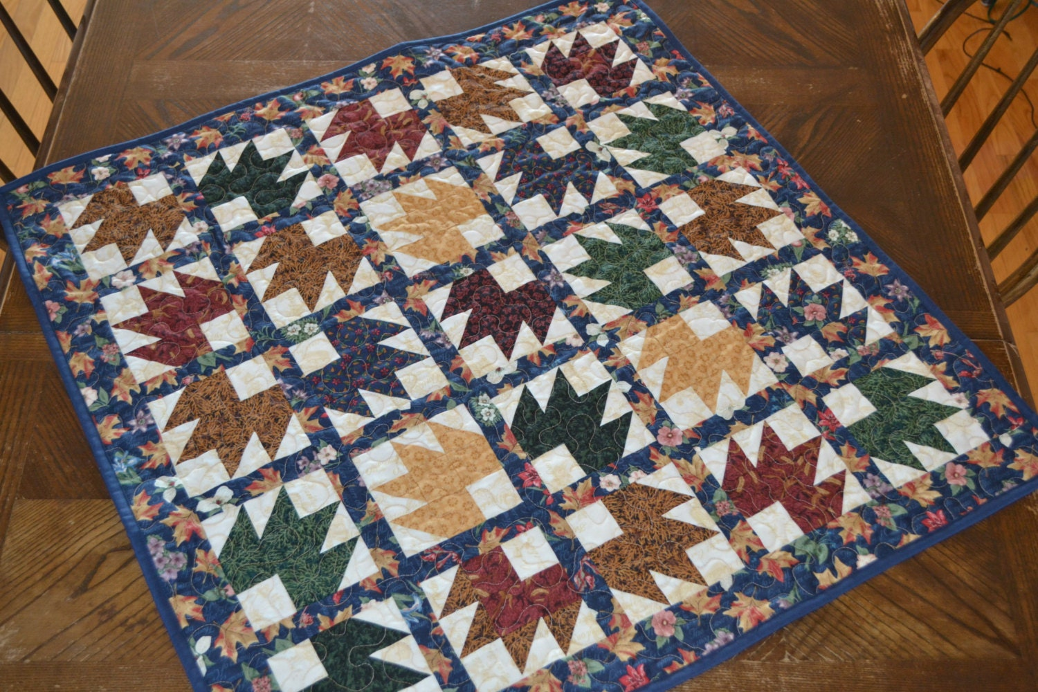 Maple Leaf Quilt Pattern Table Runner : Quilted Table Runner Canadian Maple Leaf Table Centerpiece