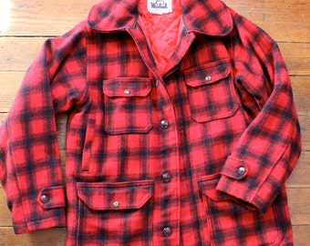 Stay Warm... Vintage Men's Red and Black Plaid Wool Woolrich Button Up Jacket, Field Jacket, Hunting Coat. Wool Coat, Size 38