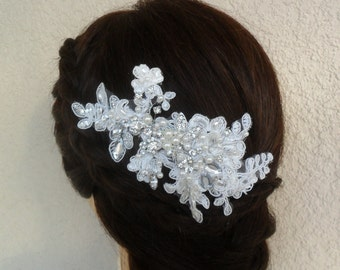 Wedding hair comb, Bridal hair accessory, Bridal headpiece, Lace hair comb,Wedding hair accessory, Pearl/Rhinestone hair comb,Vintage Style
